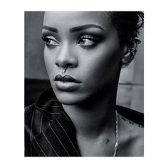 rihanna - Google претрага ❤ liked on Polyvore featuring people, pictures black and white, backgrounds and models
