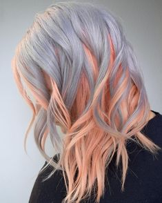 24 Amazing Combination of Hair Colors for Long Hair 2018 Searching for different hair colors combinations to sport in Dont worry at all here you may see trendy and cute ideas for long hair colors to make them more cool and gorgeous. Diy Haarfärbemittel, Diy Hair Dye, Dye My Hair, Different Hair Colors, Weird Hair Colors, Cute Hair Colors, Coloured Hair, Colored Hair Styles, Cool Hair Color