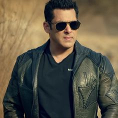 The actors who are a source of inspiration for many put in a lot of hard work. Here is a list of the high-end clause of Bollywood celebs The post Bollywood celebs and their shocking terms before signing up any film appeared first on DKODING. Free Good Morning Images, Good Morning Photos, Bollywood Photos, Bollywood Actors, Salman Khan Wallpapers, Salman Khan Photo, Beauty Movie, Sajid Khan, National Film Awards