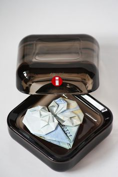 DIY Money Origami. / Rahaorigami. Setelistä taiteltu sydän.