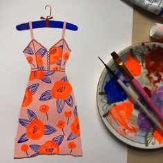 Stunning summer dress by artist Tara Lilly @taralillystudio.