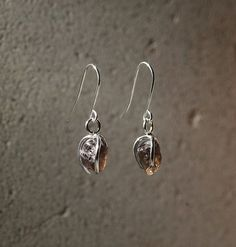 Karu One – Dark Smokey Quartz Earrings Smokey Quartz, Natural Forms, Jewelry Collection, Drop Earrings, Gemstones, Jewellery, Dark, Silver, Fashion