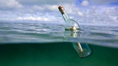 Un niño de Florida se hizo famoso en España por una carta enviada con una botella por el mar.