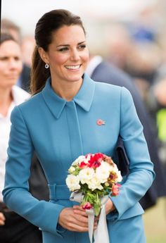 Kate Middleton put her perfect hair in a perfect ponytail yesterday at a wreath-laying service at a Kate Middleton, Perfect Ponytail, Sunday Dress, The Beauty Department, Elle Magazine, Princess Kate, Great Hair, Royal Fashion, Duchess Of Cambridge