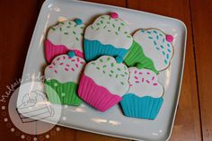 I  decided to try a new technique on a cookie yesterday.  So many people  decorate sugar cookies with royal icing or glaze...But can you mak...