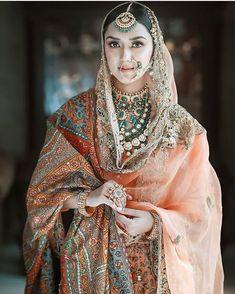 Bridal Makeup Looks, Indian Bridal Makeup, Indian Bridal Outfits, Pakistani Bridal Dresses, Pakistani Dress Design, Indian Designer Outfits, Bridal Lehenga, Bridal Looks, Indian Dresses
