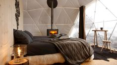 Whitepad hotel in the Swiss Alps composed of 15 geodesic pods. Who doesn't want to 'glamping'? Alpine Ski Resort, Alpine Hotel, Switzerland Hotels, Alps Switzerland, Geodesic Dome, Winter Camping, Camping Nice, Glam Camping, Camping Store