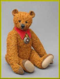 Please visit www.masterbearcrafters.ning.com Handsome 'Barney' below, was created by Guild member Frank Webster from the UK. — with Frank Webster Bear.// Photo via Facebook