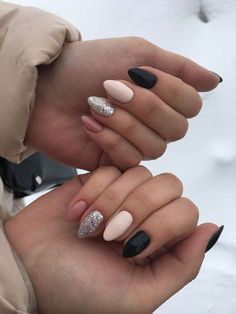 """If you're unfamiliar with nail trends and you hear the words """"coffin nails,"""" what comes to mind? It's not nails with coffins drawn on them. Although, that would be a cute look for Halloween. It's long nails with a square tip, and the look has. Cute Acrylic Nails, Acrylic Nail Designs, Cute Nails, Pretty Nails, Nail Art Designs, Nagellack Design, Instagram Nails, Nagel Gel, Gorgeous Nails"""