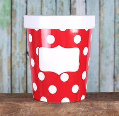 Small takeout ice cream containers are perfect for packing up sweet treats and candies!