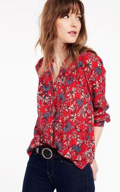 ba&sh Red Edgy Floral-print Button-front Button-down Top Size 4 (S) Floral Print Shirt, Floral Prints, Parisian Wardrobe, Floral Fashion, Cut Shirts, Floral Style, Shirt Style, Girl Fashion, Cute Outfits