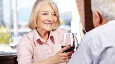 Красное вино против возрастного ухудшения памяти - Ученые, исследующие влияние вина на организм, не перестают нас радовать! Делимся последними новостями:обнаружено, что вещество изкрасного вина может предотвратить возрастное ухудшение памяти.  Лабораторные