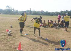 Uni Papua FC Bali Football 3 & Sole Taps  #UniPapuaFootball #UniPapuaFc  #Indonesia  #UniPapua  #Bali #Soccer #Denpasar