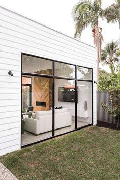 Modern home design Exterior Design, Interior And Exterior, Pinterest Home Decor Ideas, Weatherboard House, Casas Containers, House Extensions, Facade House, Küchen Design, Design Ideas
