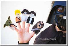 Star Wars Finger Puppets Patterns and Tutorial via Amy Huntley (theidearoom.net)