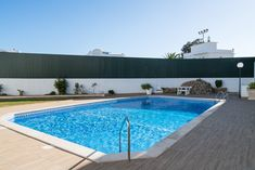 Cisco Yellow Apartment in Albufeira. Holiday Destinations. Where to stay in Albufeira. Vacation Rental in Albufeira. Alojamento local in Albufeira. // WarmRental // Find more: http://www.warmrental.com/cisco-yellow-apartment-oura-albufeira/l.936