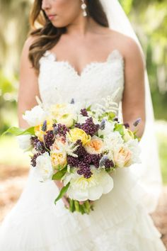 Purple Wedding Ideas - purple-bouquet