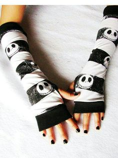 Girls sized Jack Skellington Arm Warmers Nightmare before christmas Jack Skellington, Tim Burton, Jack The Pumpkin King, Nightmare Before Christmas Halloween, Jack And Sally, Emo Outfits, Fingerless Gloves, Lace Gloves, Arm Warmers