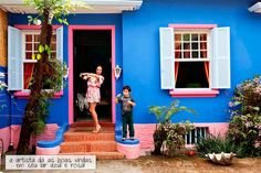 Blue and pink house.
