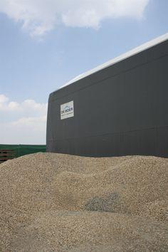 Unsere Lagerhallen verstehen die Bedürfnisse verschiedenster Materialien und Stoffe!