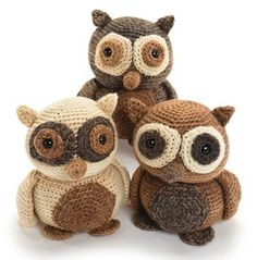 Hooties the Owl / Olada, die Euele - $14.99 (as part of an ebook) by Stacey Trock of Fresh Stitches  Owls Part 1 - Animal Crochet Pattern Round Up - Rebeckah's Treasures