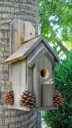 birdhouses Rustic Outdoor Bird House 370 by Forthebirdsandmore on Etsy Bird House Plans, Bird House Kits, Bird House Feeder, Bird Feeders, Barn Wood, Rustic Wood, Garden Projects, Wood Projects, Rustic Outdoor