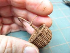 DIY Tutorial on how to weave this tiny basket from crochet thread. and a whole lot more mini furniture directions Miniature Furniture, Dollhouse Furniture, Diy Furniture, Thread Crochet, Miniture Things, Miniature Dolls, Basket Weaving, Diy Tutorial, Tutorial Crochet