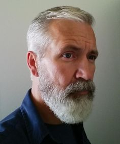 gray hair and beard images at DuckDuckGo Older Men Haircuts, Older Mens Hairstyles, Beard Look, Sexy Beard, Beard Styles For Men, Hair And Beard Styles, Grey Hair Men, Gray Hair, Beard Images