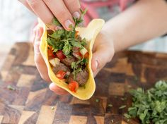 Von Tortilla bis Salsa – so gelingen dir mexikanische Tacos
