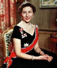 Crown Princess Martha also loaned her daughters the Vasa tiara, above Princess Astrid