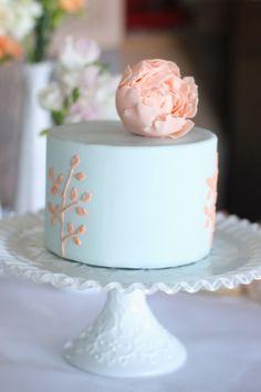 single big-tier wedding cake