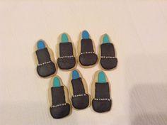 #spa #spacookie #lipstick #lipstickcookies #birthdaygirl #birthdayparty #birthdaycookies #royalicing #madewithlove #sugarcookies #handmade #customcookies #yummy #love #cookies #foodart by Cupcakes2di4