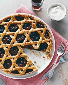 See the Woven Dried-Fruit Tart in our Thanksgiving Pies gallery Holiday Pies, Thanksgiving Pies, Fruit Tart, Jewish Recipes, Tart Recipes, Sweet Tooth, Sweet Treats, Favorite Recipes, Cookies
