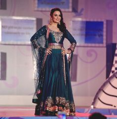 #anarkali #bollywood  IT'S PG'LICIOUS — filmy-fashionista: Celebs walk for Manish...