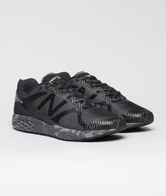 The Urban Night Running 980 from New Balance features an innovative black camo midsole created from a single piece of foam that provides a lower, more natural underfoot feel. This lightweight running shoe also features a 3M reflective no sew upper blown rubber outsole.