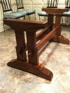 📌 72 Models Simple Fine Woodworking Tips Creating Beautiful And Durable Furniture 34 Trestle Table Plans, Trestle Dining Tables, Woodworking Furniture, Fine Woodworking, Diy Furniture, Custom Woodworking, Wood Table Design, Diy Outdoor Table, Diy Farmhouse Table