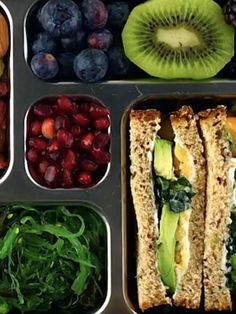 This Avocado Chickpea Sandwich with chia + hemp seeds, quinoa bread, tomatoes, kale Easy Snacks, Yummy Snacks, Snack Recipes, Easy Meals, Yummy Food, Sandwich Recipes, Healthy Recipes, School Lunch Recipes, School Lunches