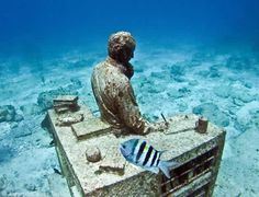 Underwater Sculpture @ Cancun, Mexico