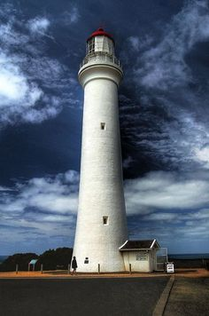 Great Ocean Road Lighthouse/West of Melbourne_ Australia