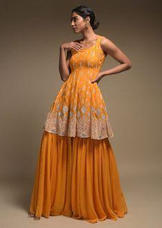 Party Wear Indian Dresses, Designer Party Wear Dresses, Indian Gowns Dresses, Indian Bridal Outfits, Dress Indian Style, Indian Fashion Dresses, Indian Designer Outfits, Indian Wear, Pakistani Clothing