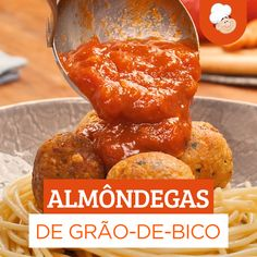 Almôndega de grão-de-bico Have you ever tried a chickpea meatball? Vegetarian Cooking, Vegetarian Recipes, Cooking Recipes, Healthy Recipes, Healthy Eating Tips, Clean Eating Snacks, Healthy Snacks, Cheap Clean Eating, Vegan Foods