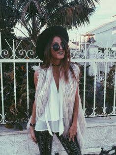 @diva_dari  Mexiquer: Womens Sunglasses Designer Inspired Round Frames 8907 @diva_dari