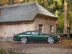 Jaguar XKR Coupé 4.2 V8 Supercharged Coupé te koop bij Prins Classics. Groot aanbod klassiekers, zowel oldtimer als youngtimer. Vind uw klassieke auto op prinsclassics.nl