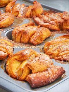 Pumpkin Pull Apart Muffins
