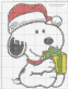 Snoopy navideño en punto de cruz