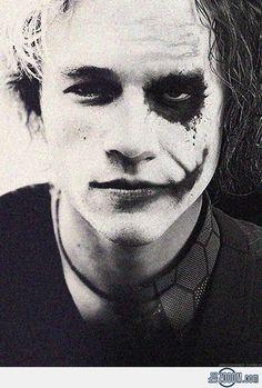 Heath Ledger, half joker