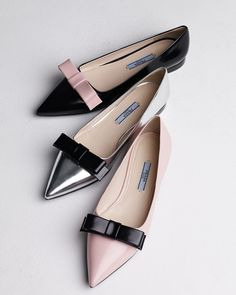 Prada Bicolor Pointed-Toe Flats- great for my re-broken ankle:( love these. How can you go wrong with Prada, Gucci, Louboutin, Manolo's, Edleman or Dior ! My dream show closet! Cute Shoes, Me Too Shoes, Chic Chic, Mocassins, Bow Flats, White Flats, Pointed Toe Flats, Ballerinas, Beautiful Shoes