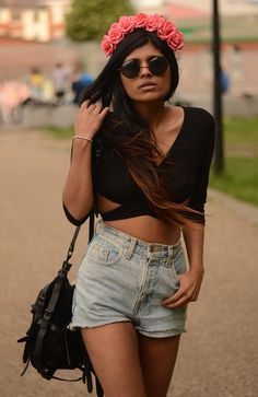 She Wears Fashion,  Designer Medium Round Metal Fashion Sunglasses 8570