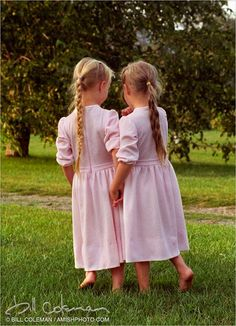 amish twin sisters