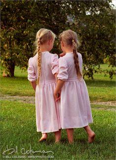 amish twin sisters